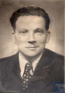 Edmond MASSE né le 24 janvier 1900 déporté de Drancy le 31 juillet 1944 par le convoi n°77.