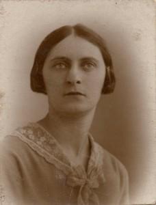 Simone Blum jeune fille