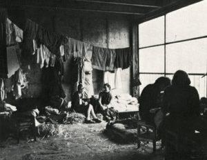17639_921_La-condition-de-vie-des-femmes-au-camp-de-Drancy