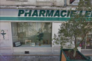 7-Photographie actuelle de la pharmacie ayant appartenu à François Moinet