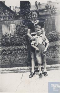 Bernard BERKOWICZ né le 26 novembre 1932 déporté de Drancy le 31 juillet 1944 par le convoi n°77.