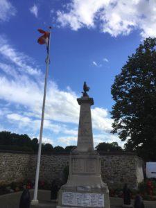 GARBOUS-Hermann_monument_aux_morts