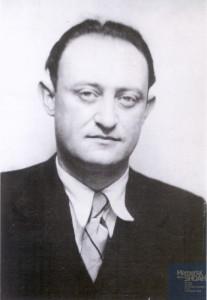 Walter KAHN né le 12 novembre 1905 déporté de Drancy le 31 juillet 1944 par le convoi n°77.