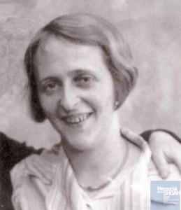 Augustine WOLFF née le 6 juin 1901 déportée de Drancy le 31 juillet 1944 par le convoi n°77.
