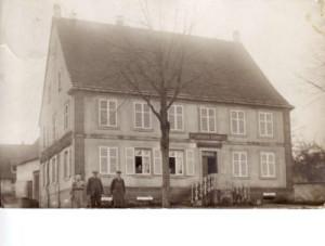 SAMUEL Henri Maison famille Weiterswiller, avec ses parents