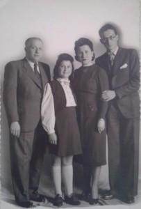 8 Jankiel Fensterszab avec femme, fille Ida et fils
