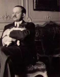 Doc.A. Alexandre Voronoff et son chat