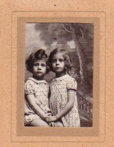 Parsimento_Violette_soeurs Jeanine et Louise_a