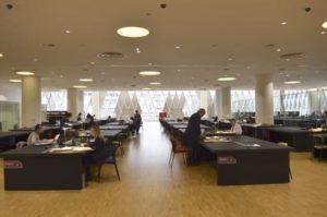 Salle de consultation de Pierrefitte-sur-Seine. Le site de Pierr