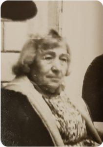 Na zdjęciu siostra Goldy Gruszki – Rywka (Regina) Haze (źródło: K. Piechociński)