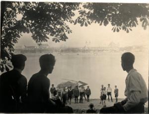 19 – Victor Kohn – le Danube à Vacz – carte postale ancienne