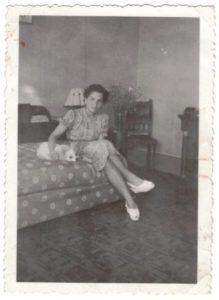 Suzanne en juin 1945, après le retour des camps-archives familiales